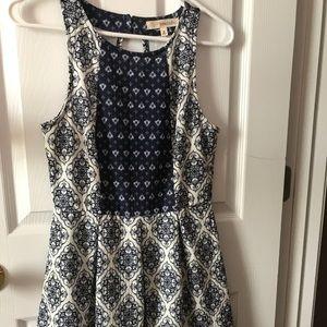 Patterned Short Summer Dress Size M